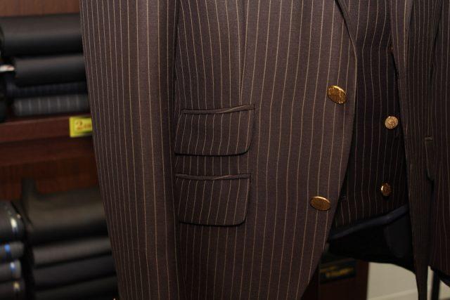 メタルボタン オーダースーツ