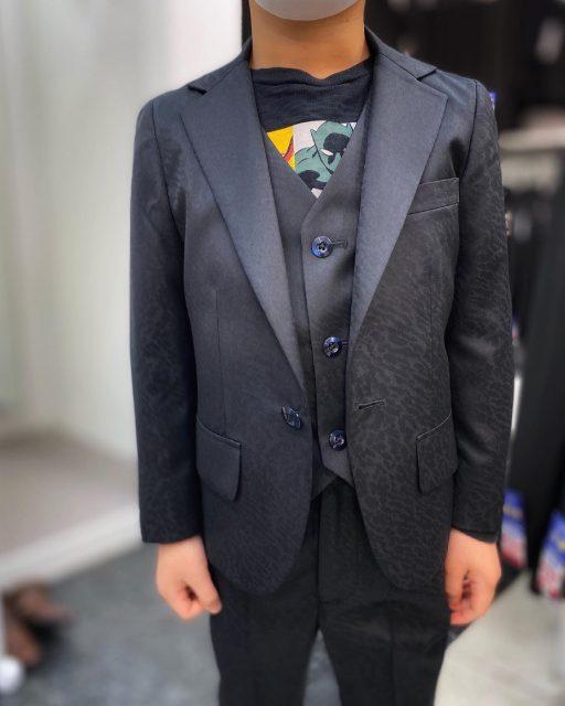 子供服オーダースーツ