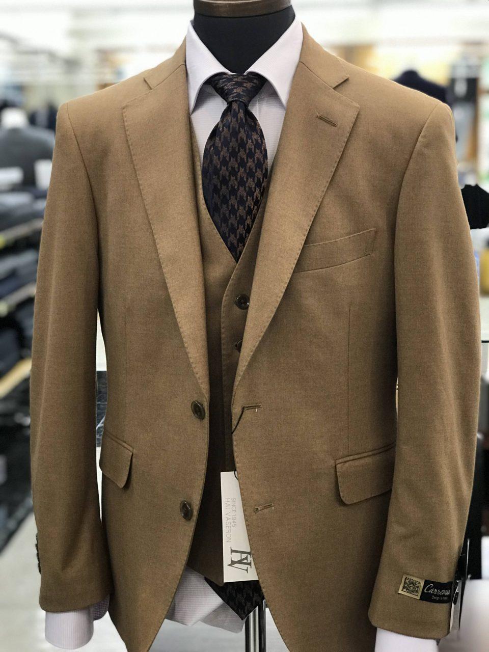 できる男を演出するスーツ
